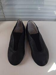 Джазовки, кожаные, чешки, танцевальные туфли