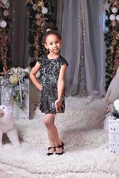 Шикарное платье паетка к праздникам от производителя 104-152
