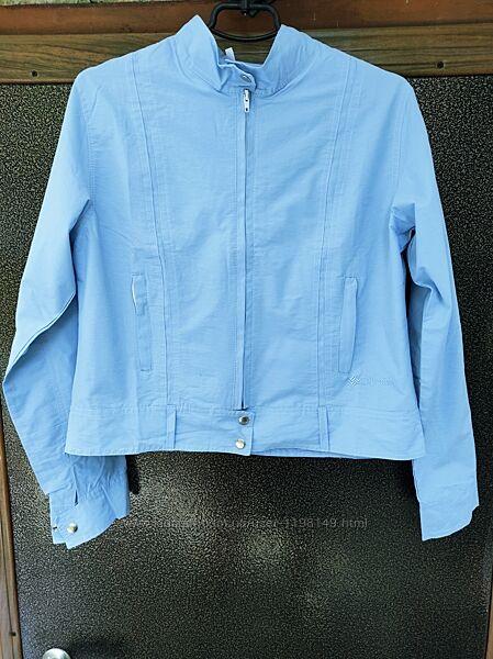 Ветровка женская голубая куртка