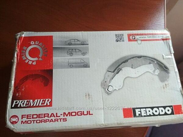 Комплект тормозных колодок ручника FERODO FSB4045