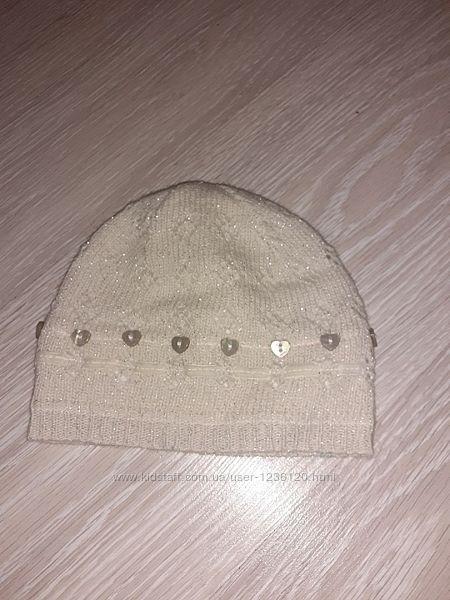Милая шапочка на 6-12 месяцев
