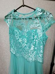 Два платья недорого. Можно подростку