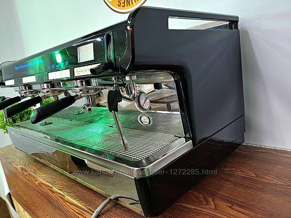 Кофе машина Faema Theorema