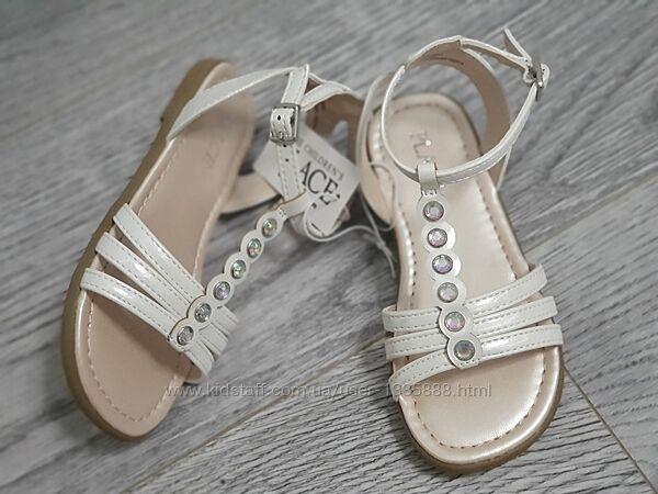 Босоножки для девочки сандалии жемчужные