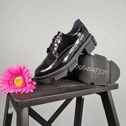 Женские туфли из натуральной лакированной кожи
