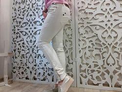 Джинсы 28 M женские крутые бренд ZHRILL белые Германия zara скини
