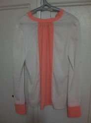 блузка бежевого цвета