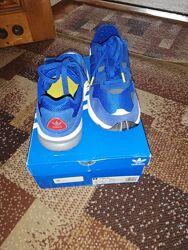 Кросівки нові для підлітка Adidas