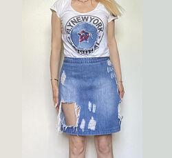 Рваная джинсовая короткая юбка размер 38 высокая посадка