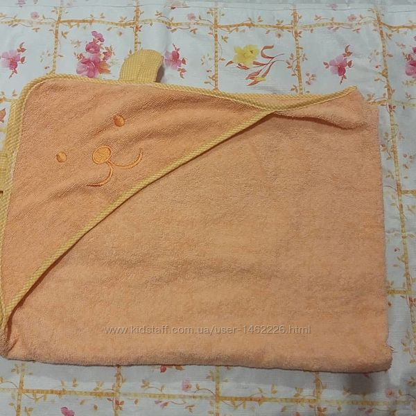 Полотенце с уголком для малышей