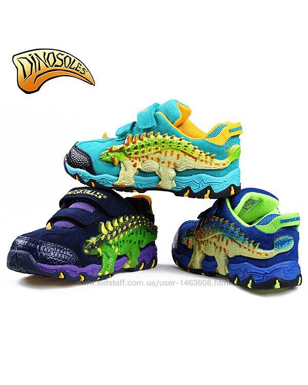 Дитячі миготливі кросівки з 3D динозаврами Dinosoles, в асортименті