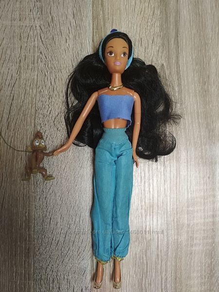 Кукла Принцесса  Жасмин Simba в хорошем состоянии
