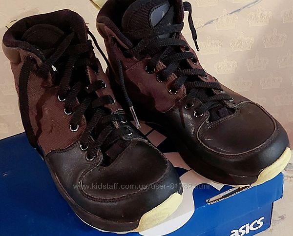 Ботинки Nike р 35 22.5см