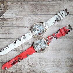 Наручные часы Эйфелевая башня, 2 вида,2 цвета.