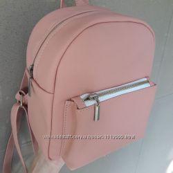 Рюкзак пудровий