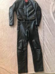 Кожаный мото-костюм с защитой унисекс