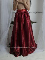 бордовая марсала атласная юбка длиная в пол