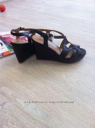 Кожаные боссоножки сандалии
