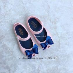 Детские туфли в наличии розовая 14, 5см и голубая сова 15, 5