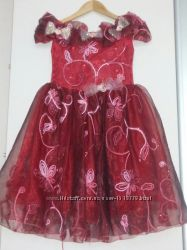 Платье нарядное на 3-6 лет