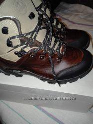 Продам новые женские непромокаемые ботинки р-р 38, 39 из натуральной кожи