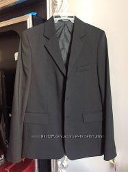 Пиджак отличного качества школьный