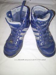 Adidas кожаные кроссовки ботинки зима 36р