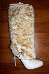 Мега модные обалденные сапоги с мехом снаружи, лабутены, США, 39 р.