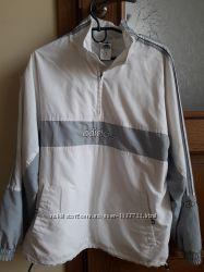 Продається куртка , спортивна Adidas, на теплу весну, осінь