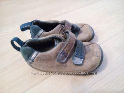 Шкіряні кросівки clarks 19-20