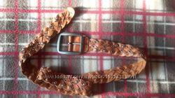 Шикарный, плетеный кожаный пояс из натуральной, мягкой кожи.