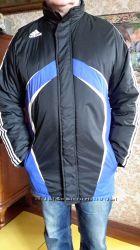 Новая, брендовая, теплая куртка фирмы Adidas