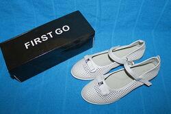 Детские белые дышащие школьные нарядные туфли для девочки р.31-36