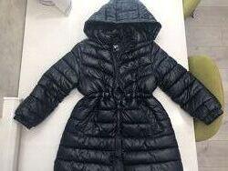 Продам демисезонную курточку Zara для девочки