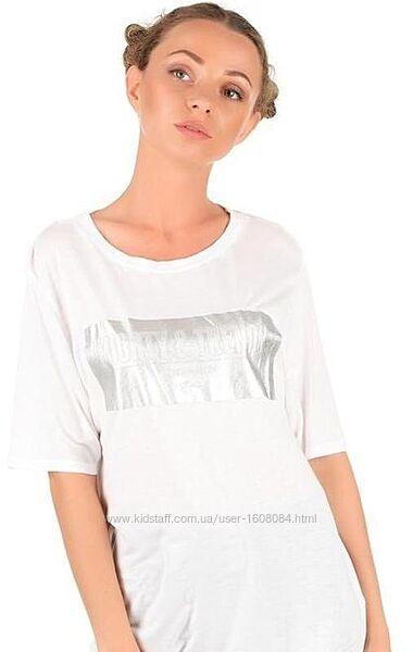 Белая футболка с серебряным принтом Pull&Bear / S