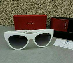 Prada очки женские солнцезащитные в белой оправе с градиентом Италия