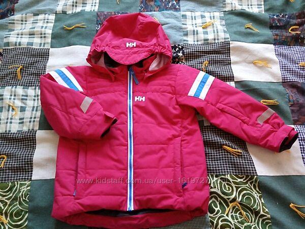 Куртка демисезонная теплая для девочки б/у рост 110 4 лет
