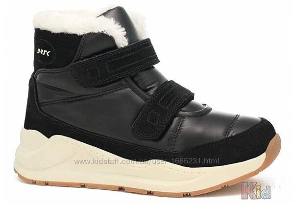 Ботинки для девочки зимние Bartek