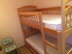 Кровать с матрасами и ящиками двухъярусная кровать.  Акция.
