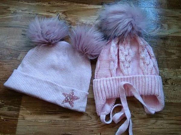 Зимним шапки девочкам 5-7 лет с помпонами