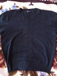 Кофта чёрная на мужчину, размер L, много есть вещей, по маленькой цене