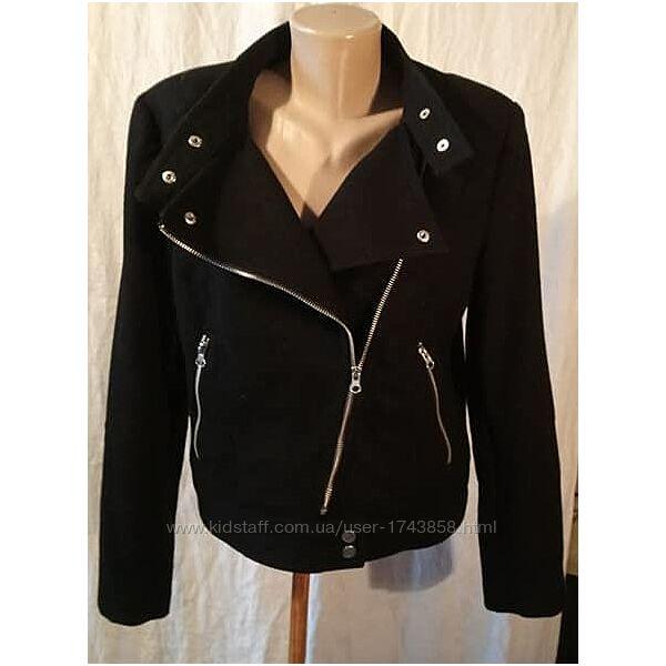 Куртка H&M р. 46 демисезонная черная на подкладке застежка-молния