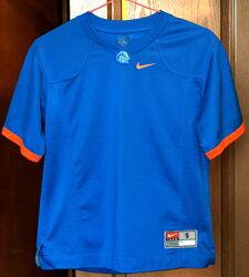 Оригинальная футболка Nike NCAA на 9-12 лет