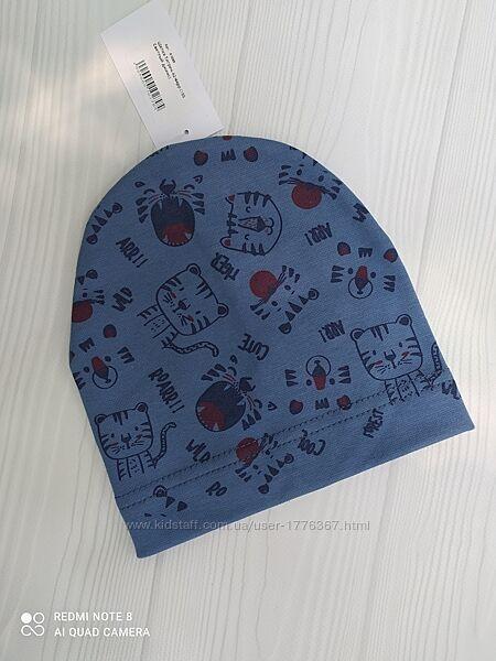 Детские одинарная шапка на 3-6 месяцев