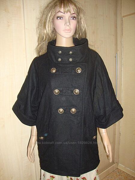 Дорогое пальто оверсайз чёрное летучая мышь .