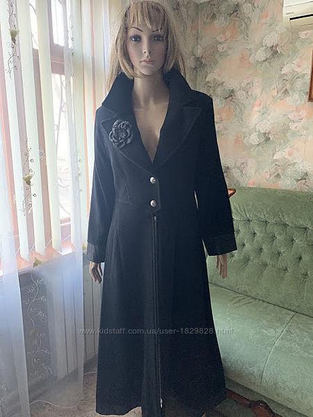 Летняя цена/Пальто дизайнерское чёрная шерсть с кашемиром отделка кожа.