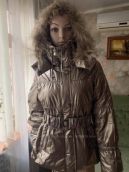Летняя цена/Куртка золотая с енотом Италия деми 48.