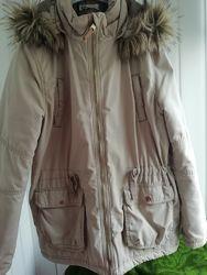 Демисезонная куртка H&M на девочку 11-12 лет