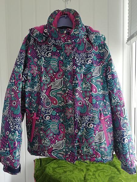 Демисезонная термо куртка Айспик на девочку 9-10 лет размер 140
