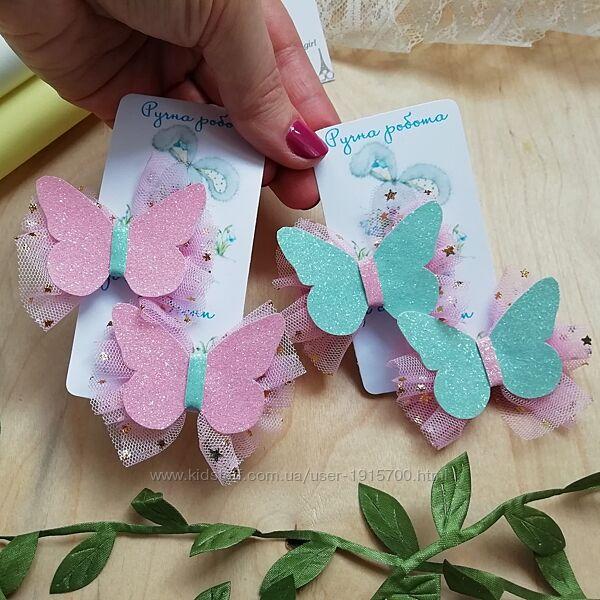 Заколки з метеликами